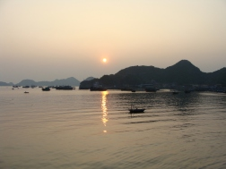 Sunset on the bay in Cat Ba City