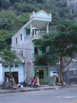 Houses of Cat Ba City