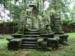 Gate ruin near Phimeanakas